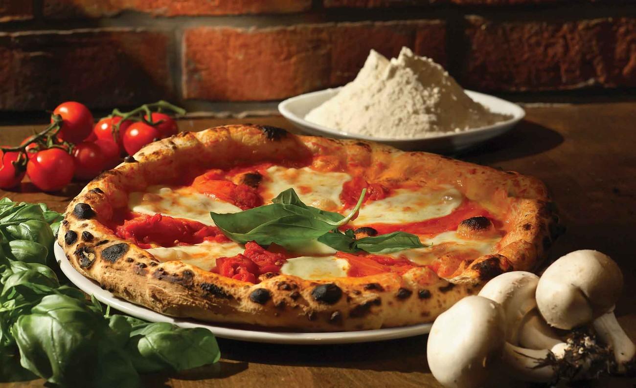 Italienische küche  Fototapete, Tapete Italienische Küche Restaurant bei EuroPosters