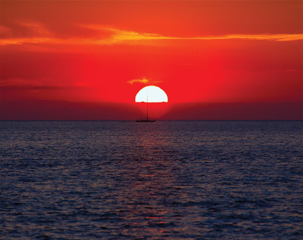 Fotomurale puesta del sol papel pintado for Centro turistico puesta del sol
