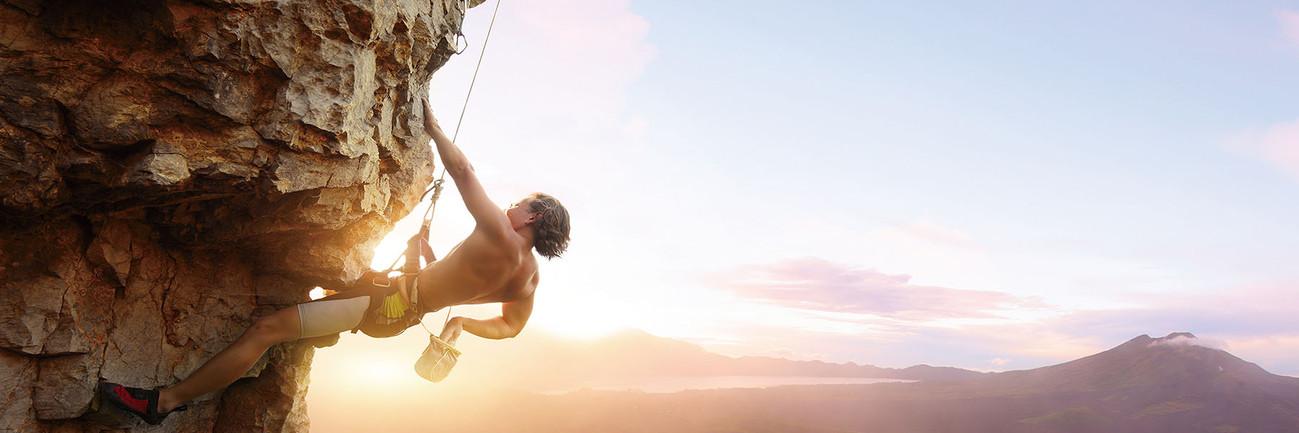 Glasbilder Be Brave and Climb It