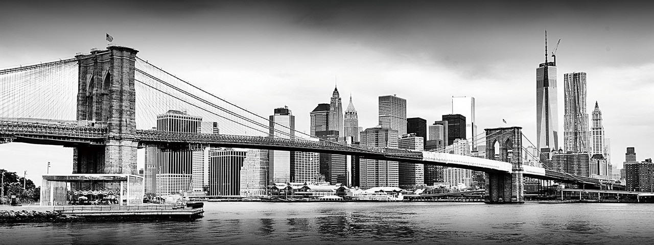 Glasbilder New York - Brooklyn Bridge and Manhattan