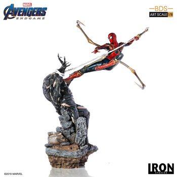 Statuetta Avengers: Endgame - Iron Spider Vs Outrider