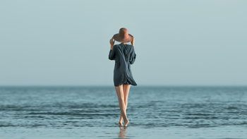 Kunst fotografie Portrait of girl at sea Summer