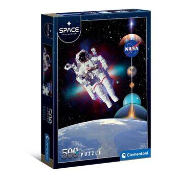 Puzzle Astronaut in Space