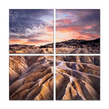The mountainous landscape in the sunset Moderne bilde