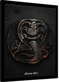 Gerahmte Poster Cobra Kai - Metal