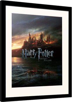 Gerahmte Poster Harry Potter - Burning Hogwarts