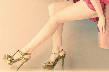 Cuadro en vidrio Women love Shoes