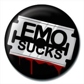 EMO SUCKS - Razor blade Insignă