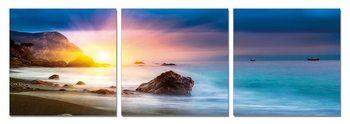 Sunset behind a rock Modern kép