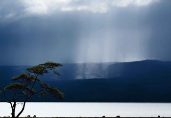 Clouds Over Lake Naivasha Fotobehang