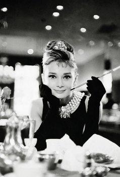 Audrey Hepburn - Breakfast at Tiffany's Fali tapéta