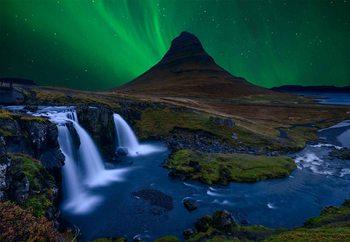 Fototapeta  Kirkjufell, Under A Boreal Green Sky