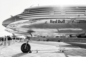 Glasbilder Plane - Red Bull