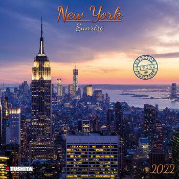 Kalendář 2022 Východ slunce v New Yorku