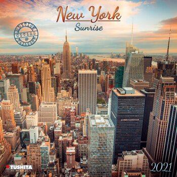 Kalendář 2021 Východ Slunce v New Yorku