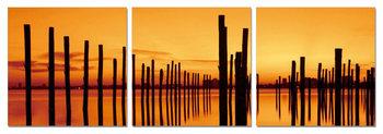 Golden sunset over pier Obraz