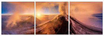 Volcano at sunrise Obraz