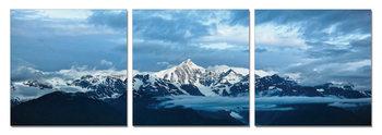Obraz  Modrá oblaka nad horami