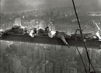Obrazová reprodukce New York - Radio city workers - muži na traverze