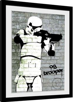 Stormtrooper - Spray zarámovaný plakát