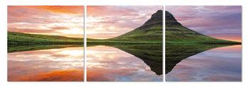 Obraz  Zrcadlení krajiny na hladině jezera