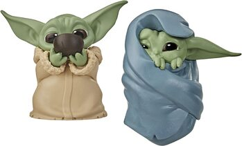 Figurita Star Wars: The Mandalorian - Baby Yoda Collection 2 pcs (Soup & Blanket)