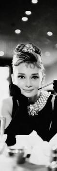 Plakát Audrey Hepburn - cigarette b/w