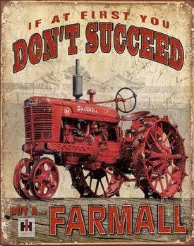 Plechová cedule FARMALL - úspěch - traktor