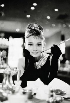Audrey Hepburn - Breakfast at Tiffany's Poster Mural XXL