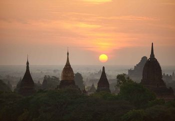 Sunrise In Bagan Poster Mural XXL