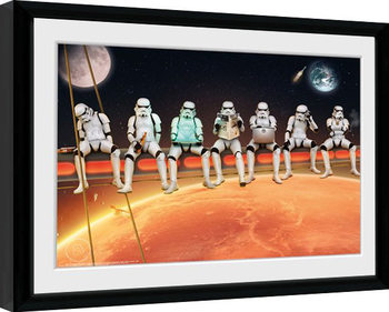 Keretezett Poszter Stormtrooper - Stormtroopers On A Girder