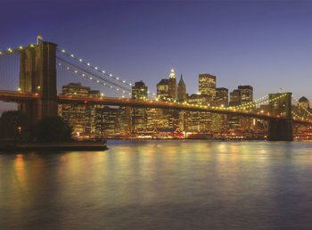 Carta da parati New York - Brooklyn Bridge at the dusk