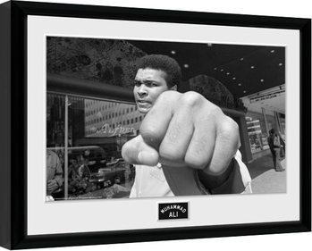 Muhammad Ali - Fist Poster enmarcado
