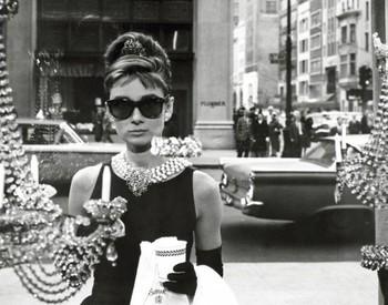 Plakat Audrey Hepburn - window