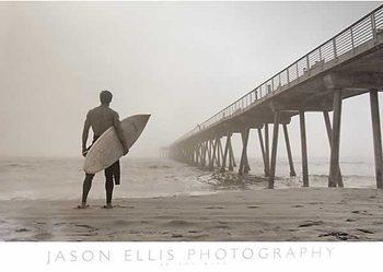 Plakat In the Mist - Surfer