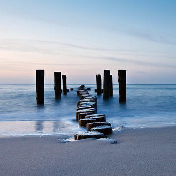 Üvegkép Wooden Path into the Sea