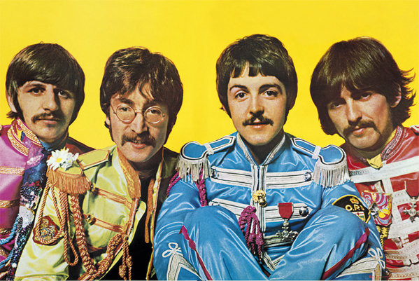 Beatles - Lonely Hearts Club Плакат
