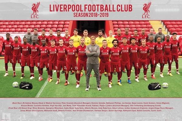 Liverpool FC - Team Photo 18-19 плакат