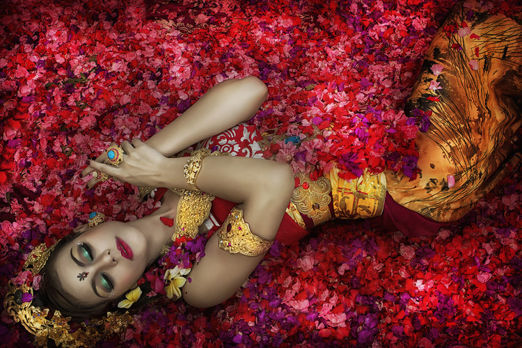 художествена фотография Balinese Woman Among The Flowers