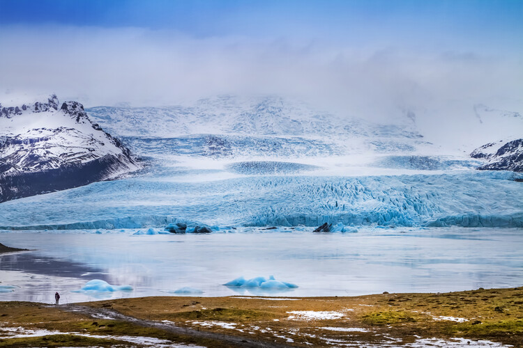 художествена фотография Fjallsarlon Lagoon And Glacier Vatnajokull