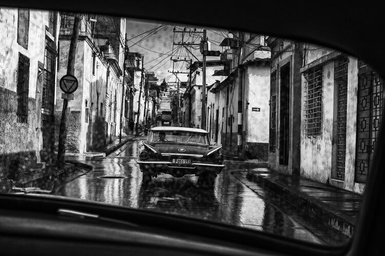 художествена фотография in the streets of santiago de cuba