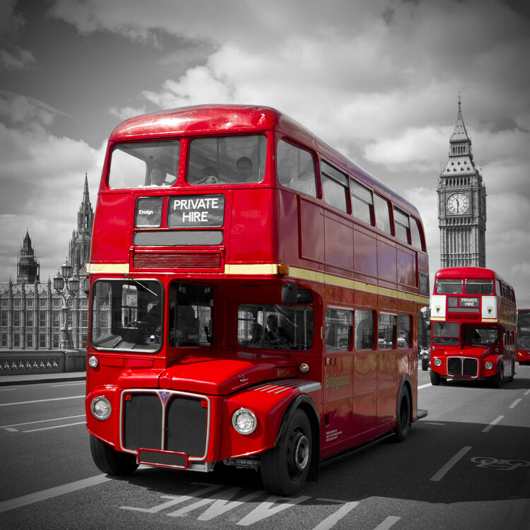 художествена фотография LONDON Red Buses on Westminster Bridge