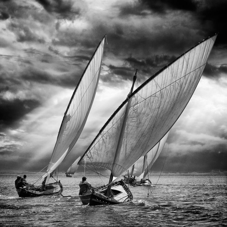 художествена фотография Sailboats and Light