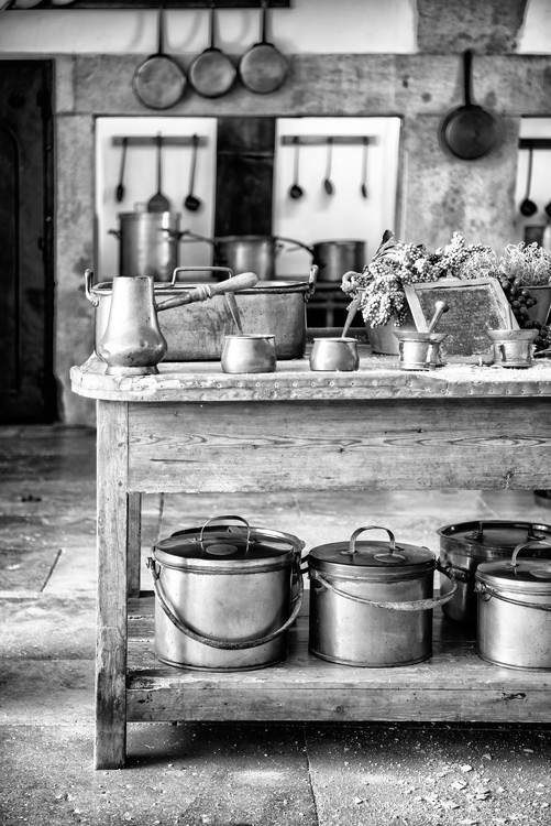 художествена фотография Old Portuguese Kitchen