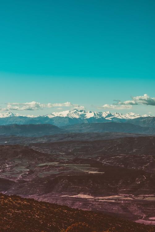 художествена фотография Snow mountains at background