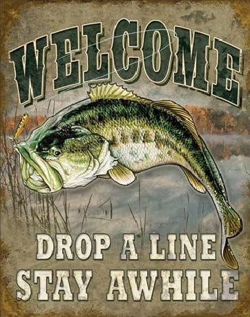 Plechová cedule WELCOME BASS FISHING, (32 x 41 cm)