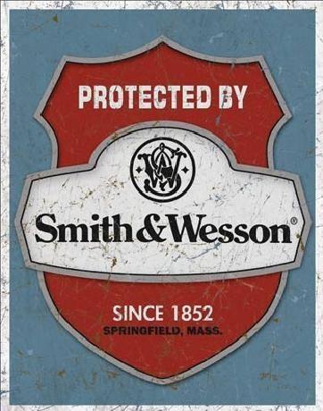 Plechová cedule S&W - protected by, (32 x 41 cm)