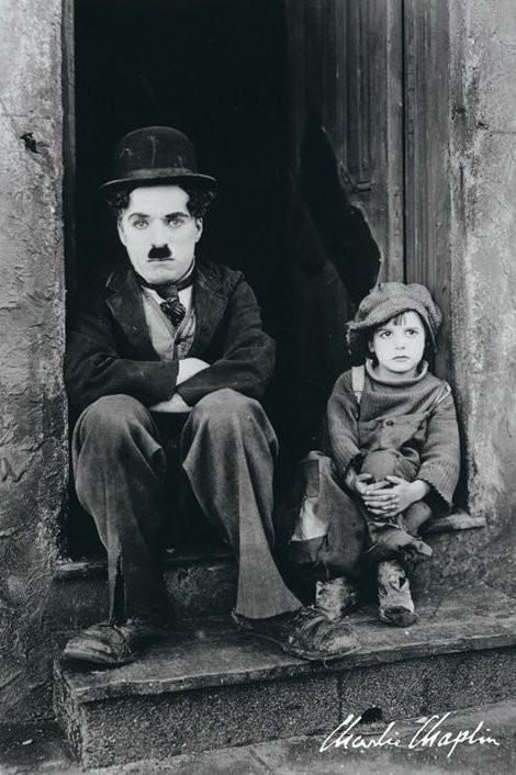 Plakát, Obraz - Charlie Chaplin - doorway, (61 x 91,5 cm)