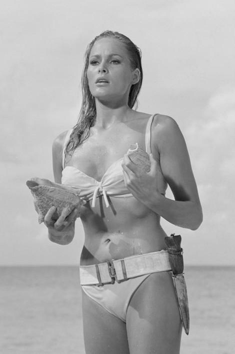 James Bond 007 - ursula andress Poster