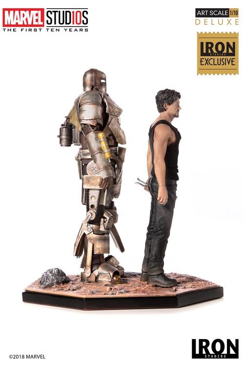 Figur MCU 10 Years - Tony Stark & Mark I